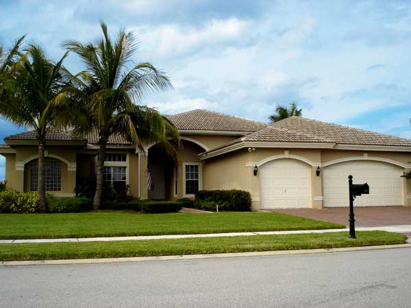 Davie florida real estate luxury homes in davie for Big homes for sale in florida